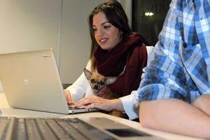 Purina inicia Pets@Work, un programa para la convivencia con mascotas en la oficina