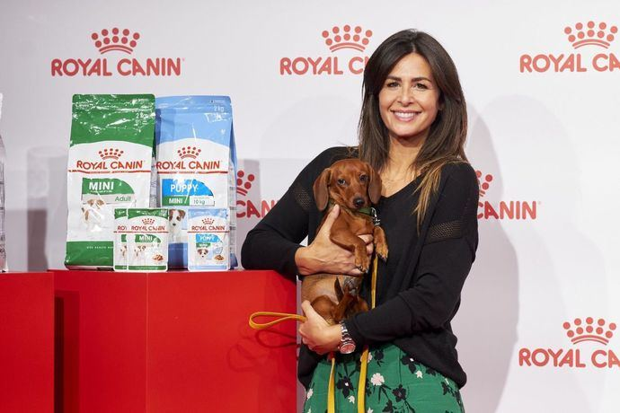 Nuria Roca y su perrita Pepita abanderan el reto del sobrepeso en las mascotas